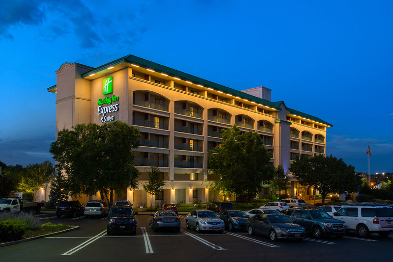 Holiday Inn Express Hotel & Suites King of Prussia 外景