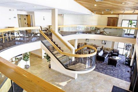 LivINN Hotel Sharonville - LivINN Sharonville Lobby