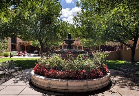 Courtyard Albuquerque - Courtyard Fountain