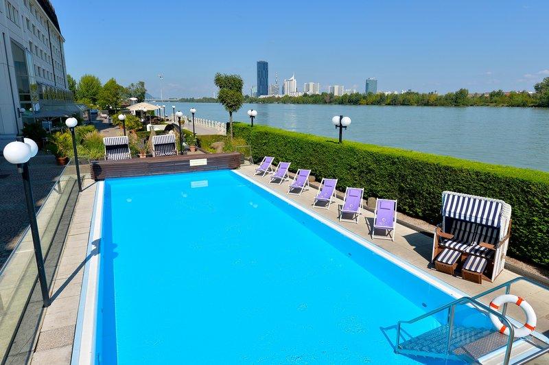 Hilton Vienna Danube Waterfront Piscine