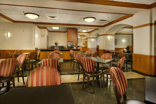 Drury Inn & Suites Northwest - San Antonio Bar/lounge