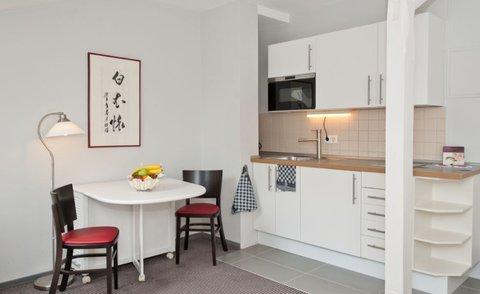 Xenios Apartments - Kitchen