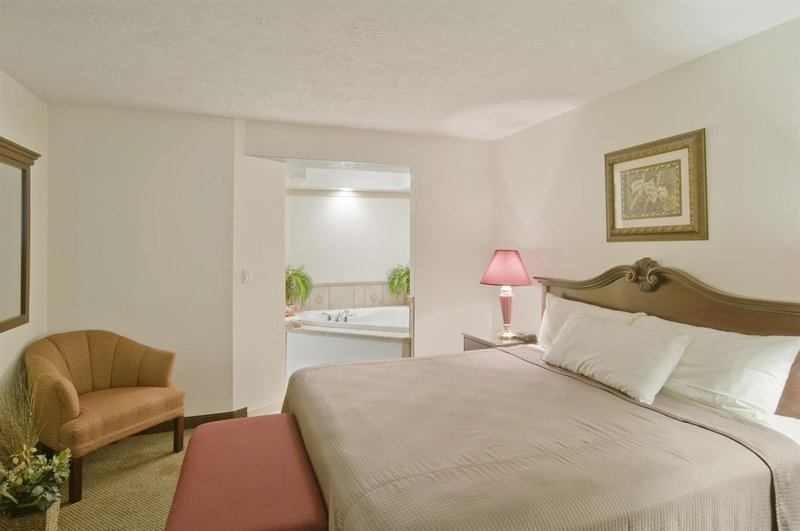Americas Best Value Inn - Ellsworth, KS