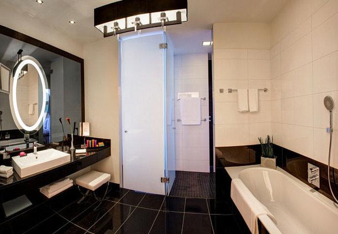 Hotel Am Steinplatz, Autograph Collection® Berlin Grand Superior Bathroom