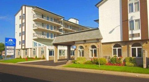 Americas Best Value Inn & Suites-Niagara Falls - Front Exterior