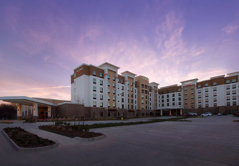 Courtyard by Marriott Dallas DFW Airport North/Grapevine - Exterior