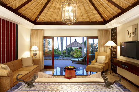 The Santosa Villas & Resort - Beach Front Villa