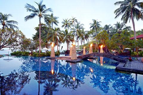 The Santosa Villas & Resort - Swimming Pool