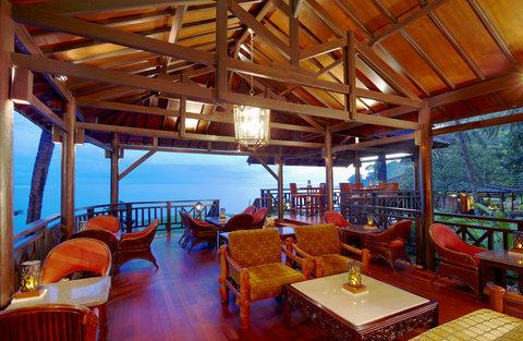 The Santosa Villas & Resort - Sunset Bar