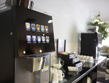 فندق وأجنحة رامادا - Breakout Lounge Coffee Machine