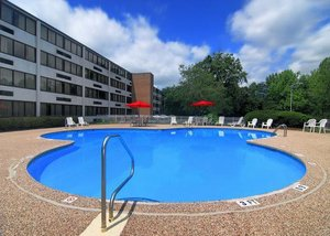 Pool - Clarion Hotel Airport & Conference Center Charlotte