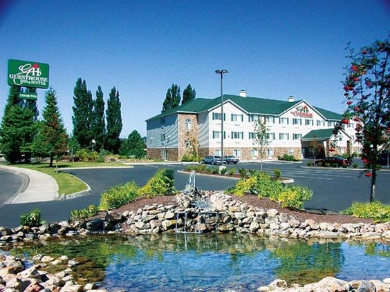 Guest House Intl - Kelso, WA