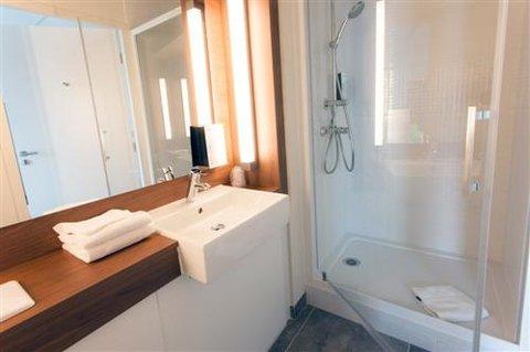 Campanile Bydgoszcz - Bathroom