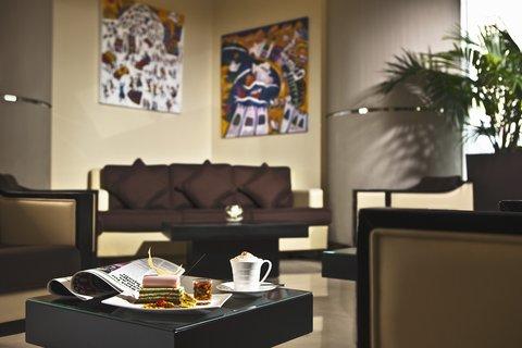 فندق كريستال أبوظبي - Lobby Lounge