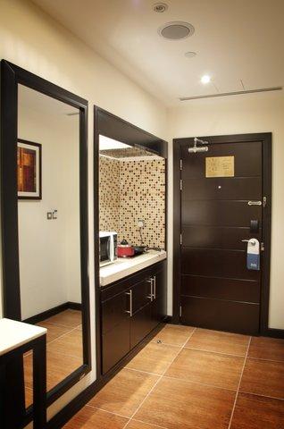 فندق كريستال أبوظبي - Cristal Kitchenette Suite
