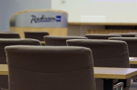 拉迪森萨斯机场酒店 - Meetings   Events