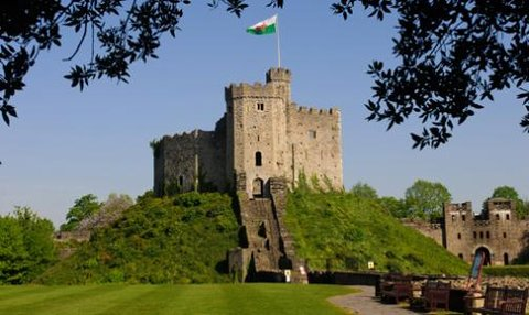 Future Inn Cardiff Bay - Cardiff Castle
