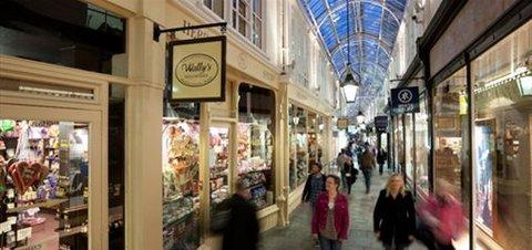 Future Inn Cardiff Bay - Shopping in one of Cardiff s Arcades