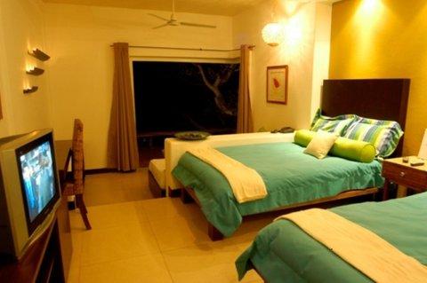 Las Flores Resort - Jr Suites