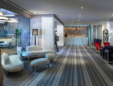 فندق وأجنحة هوثورن من ويندهام - Lobby