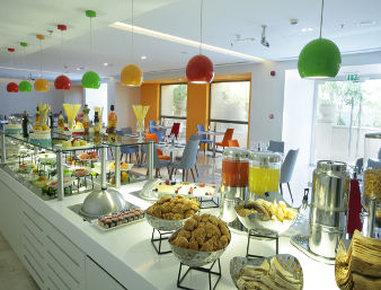 فندق وأجنحة هوثورن من ويندهام - Breakfast Area