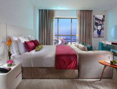 فندق وأجنحة هوثورن من ويندهام - Deluxe King Bed Room