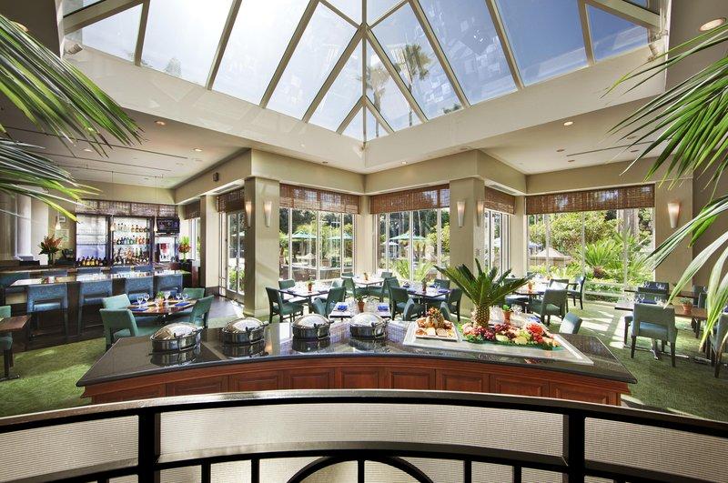 Doubletree Hotel San Diego/Del Mar 餐饮设施