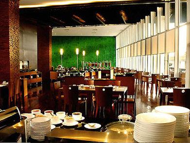 Novotel Bandung - Restaurant