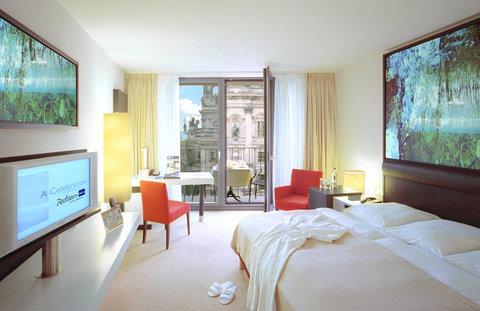 Radisson Blu Hotel, Berlin - Business Class Room