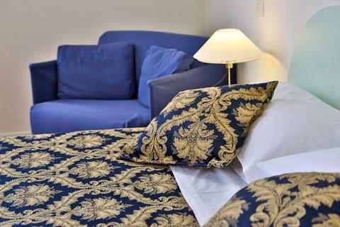 Villa Gabriele D'annunzio Hotel - Guest Room