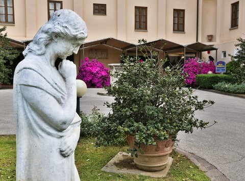 Villa Gabriele D'annunzio Hotel - Exterior