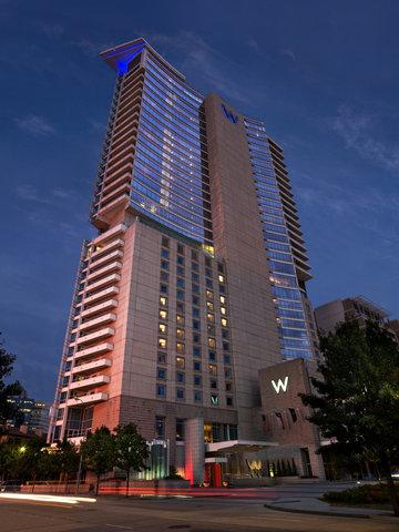 W Dallas - Victory - Exterior At Night