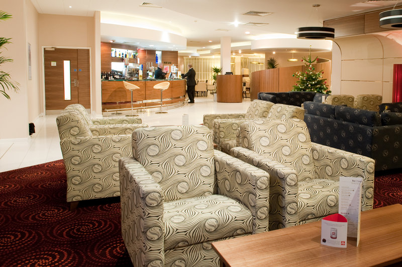 Holiday Inn Derby-Riverlights Salon/Lobi