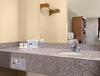 Travelodge San Antonio ATT Center / I-10 East Odanın görünümü