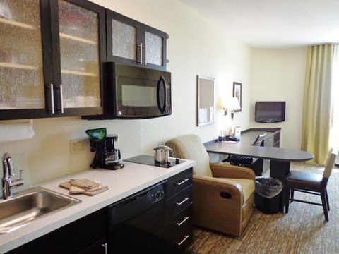 Candlewood Suites Odessa Hotel - Guest Room