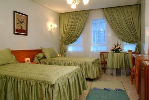 Oum Palace Hotel - Guest Room