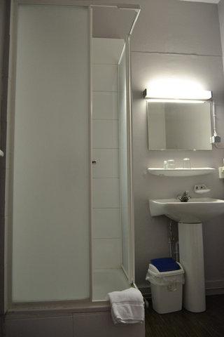 Derby Hotel Brussels - bathroom