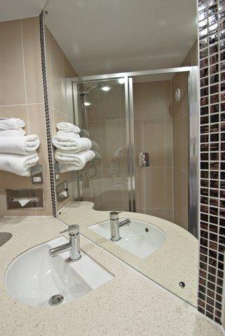 Future Inn Bristol - Bathroom