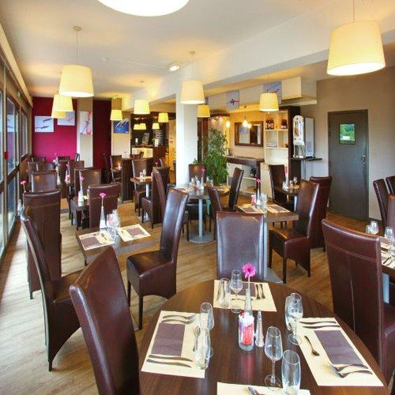 Hotel Restaurant Kyriad Poitiers Sud Aeroport Gastronomie