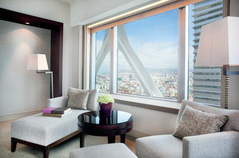 فندق آرتس برشلونة - Deluxe room corner with city view