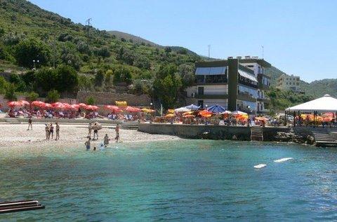 Helia Hotel - beach area