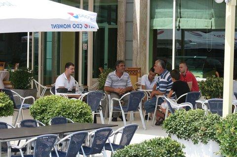 Kristal Hotel - Restaurant terrace