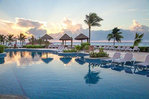 Hard Rock Hotel Riviera Maya - Alberca Denov