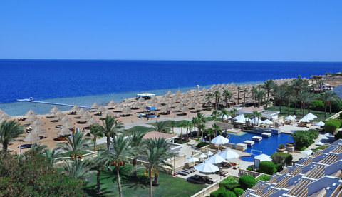 Sheraton Sharm Hotel, Resort, Villas & Spa - Beach And Pool Area