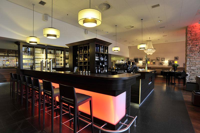 Tulip Inn Düsseldorf Arena Bar/lounge