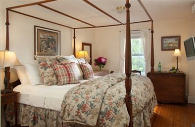 Garden Gables Inn - Lenox, MA