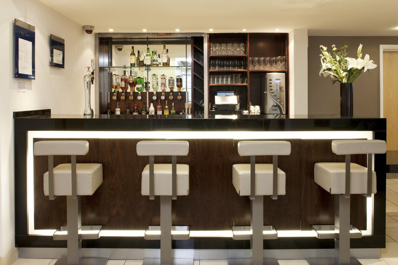 Holiday Inn Express Edinburgh-Royal Mile Bar/Lounge