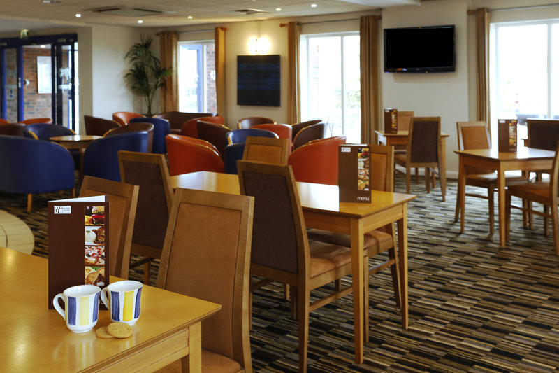 Holiday Inn Express Lichfield Ristorazione