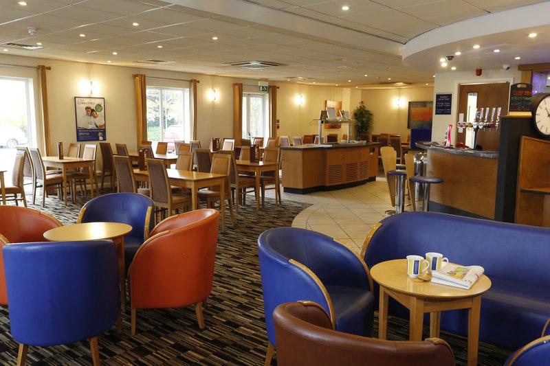 Holiday Inn Express Lichfield Ristorazione