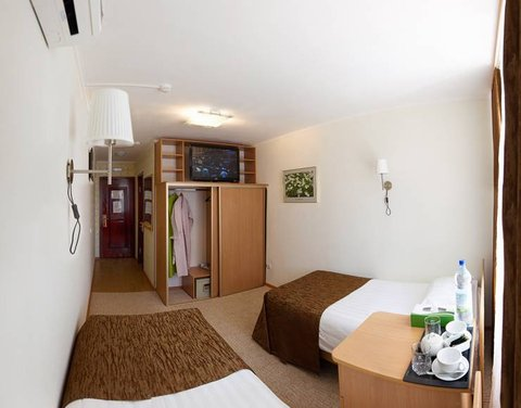 Arirang Hotel - Standard Double Room